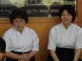 富士見市弓連の長瀨先生と小原先生が教室の見学に見えられました。